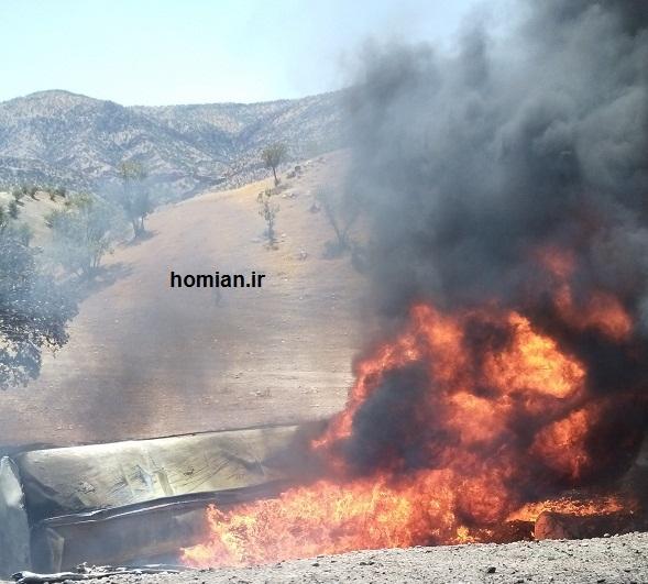 واژگونی و انفجار تانکر عراقی حامل سوخت در جاده  زانوگه – کرمانشاه+ تصاویر