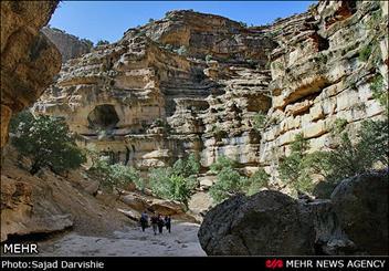 میزبانی دره رؤیایی از مسافران/«شیرز» گردشگران را شگفتزده میکند